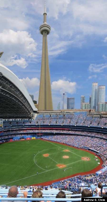 Rogers Centre, CN Tower
