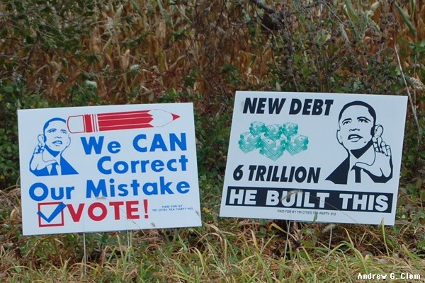 Anti-Obama_signs near Riverheads H.S.