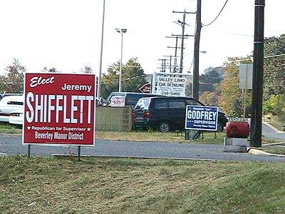 Shifflett, Godfrey signs